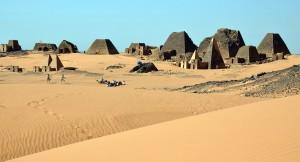 Pyramider i Meroe. Foto (c) Merete Allen Jensen.