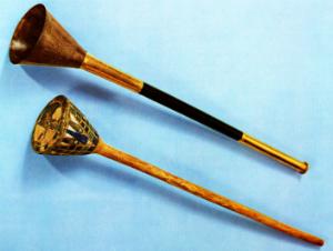 Trompet med trækerne fra Tutankhamons grav
